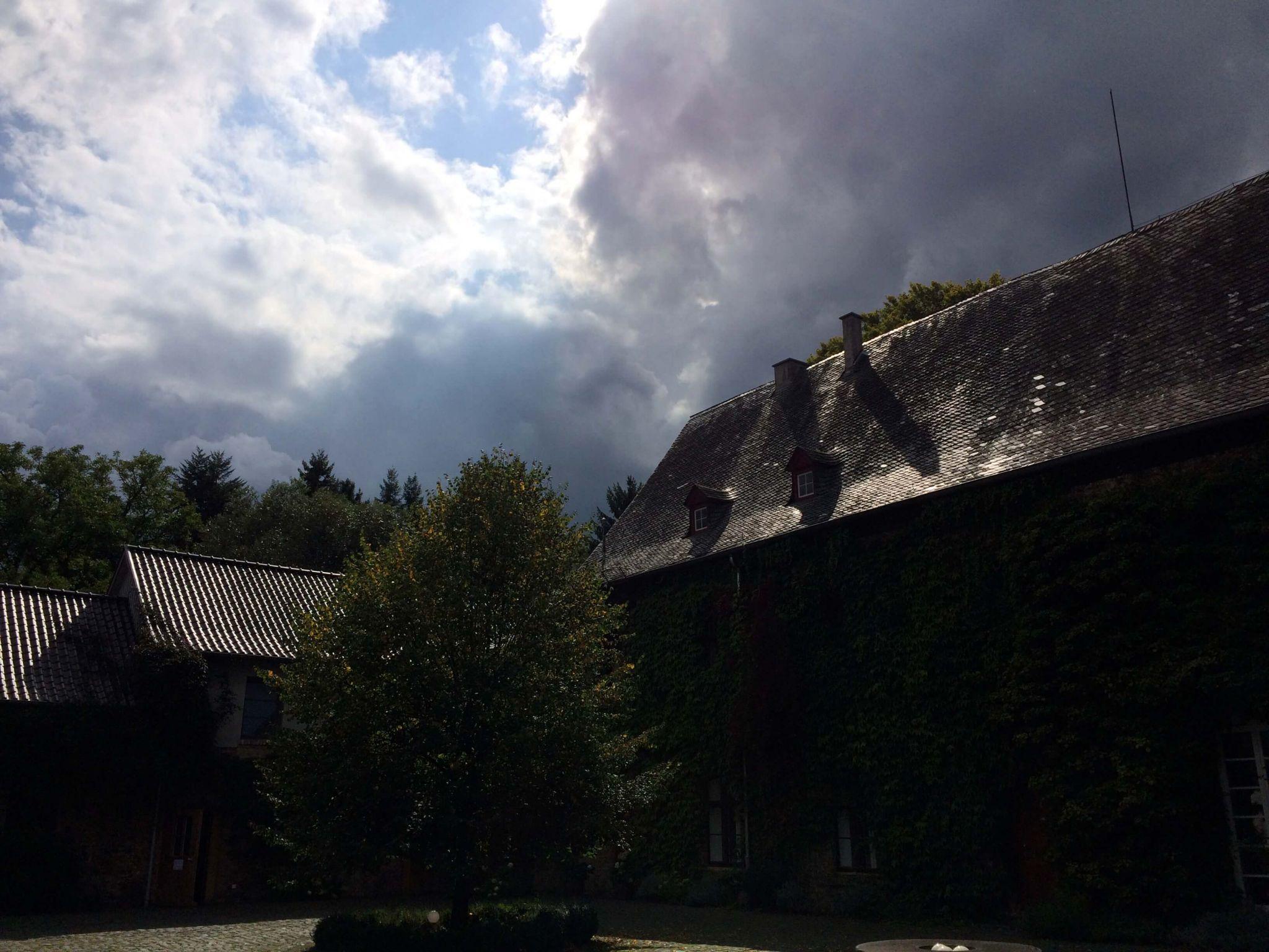 Himmer über Kloster Schweinheim-wandern-achtsamkeit.de
